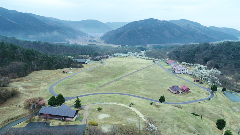 高原 場 マキノ キャンプ