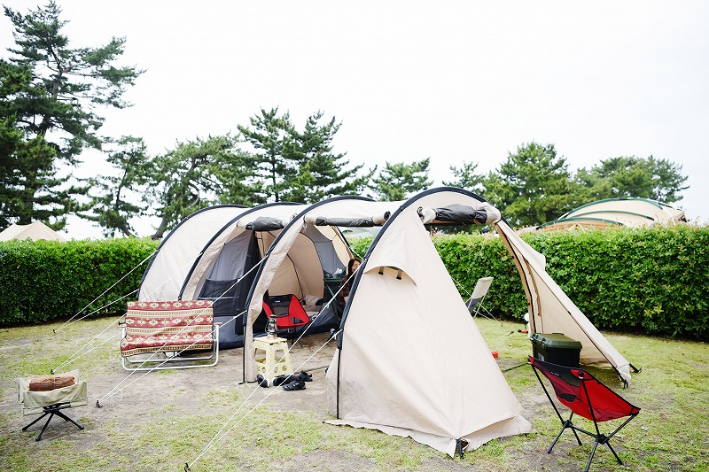 夏のキャンプスタイル(テント)